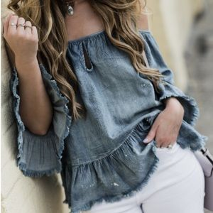 [Blank NYC] Denim Off Shoulder Top